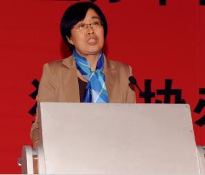 中国有色金属工业协会铟铋锗分会秘书长冯君从照片