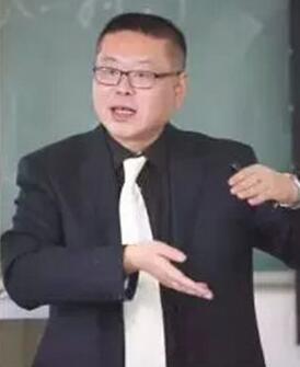 首都经贸大学财税学院教授张春平照片