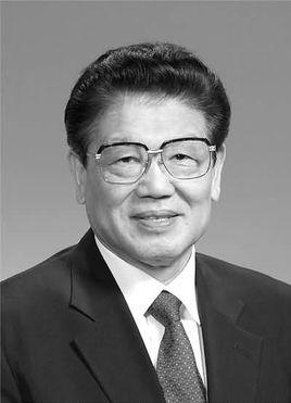 全国人大副委员长李铁映