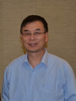 北美华人汽车工程师协会副会长董愚