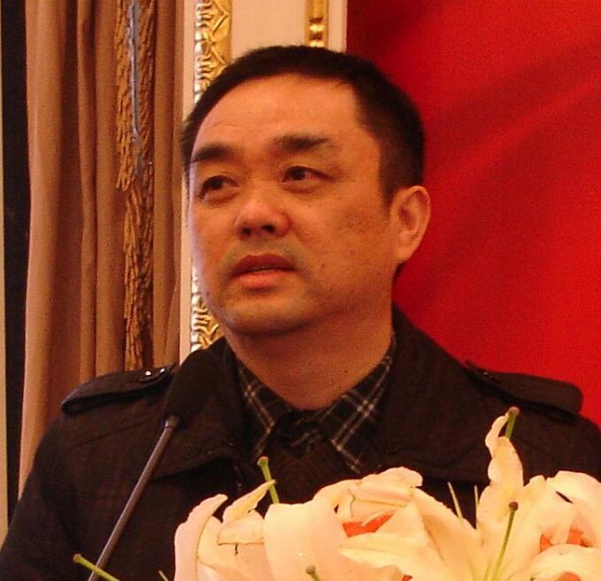 浙江紡織服裝職業技術學院教授級高級工程師桂亞夫照片