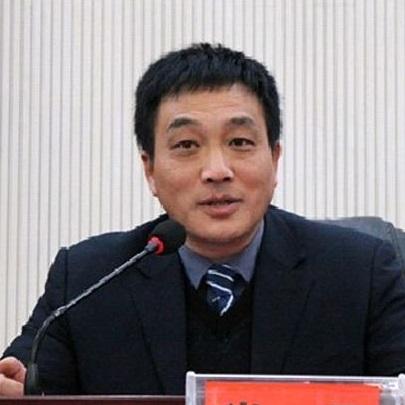 湘雅医院党委书记肖平照片