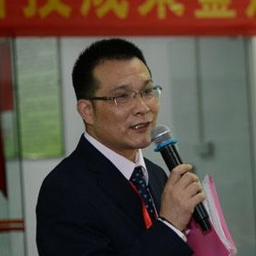 时代(中国)生物活性多肽研究所所长殷腊生