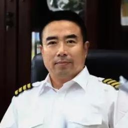 飞行学院重庆通用航空培训有限公司总经理许耘耕照片