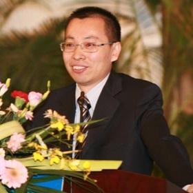 中国医药企业管理协会副会长牛正乾