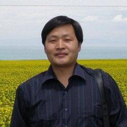 武汉市教科院中学教研室主任华林飞照片
