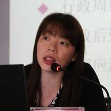 台湾文化大学推广教育部运营长许巧龄照片