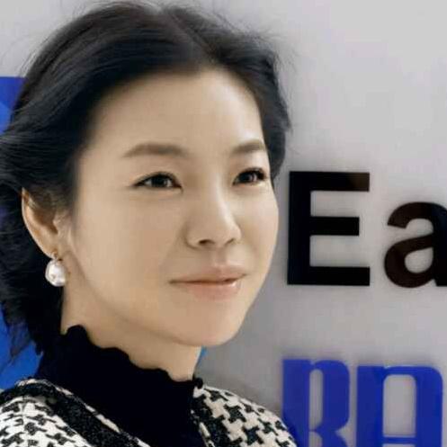 阳光印网创始人兼CEO张红梅照片
