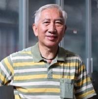 清华大学美术学院责任教授柳冠中照片