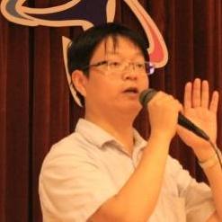 华东理工大学药学院、生物反应器工程国家重点实验室特聘教授杨弋照片