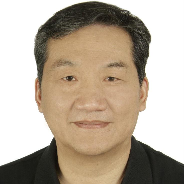 清华大学化学系教授,博士张新荣