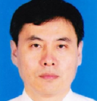 华南理工大学材料学院院长,高分子光电材料及器件研究所副所长彭俊彪