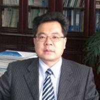 西南交通大学教授何川