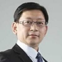 上海股权托管交易中心党委书记张云峰照片