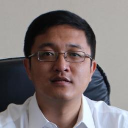 中国汽车技术研究中心首席专家窦汝振照片