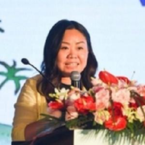 《中国亲子游》、《三亚亲子游》主编熊靓照片