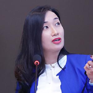 万达集团信息管理中心副总经理冯中茜照片