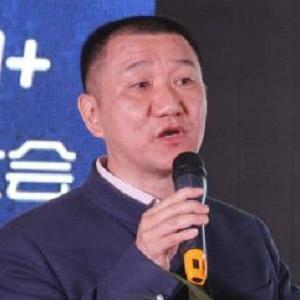 深圳消费者委员会秘书长冯念文照片