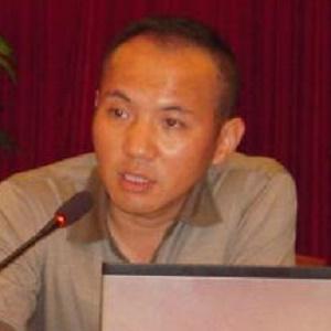 江苏省高级人民法院环境资源审判庭审判长陈迎照片