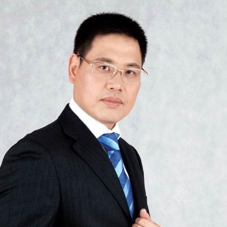 华胜连锁总裁周大军