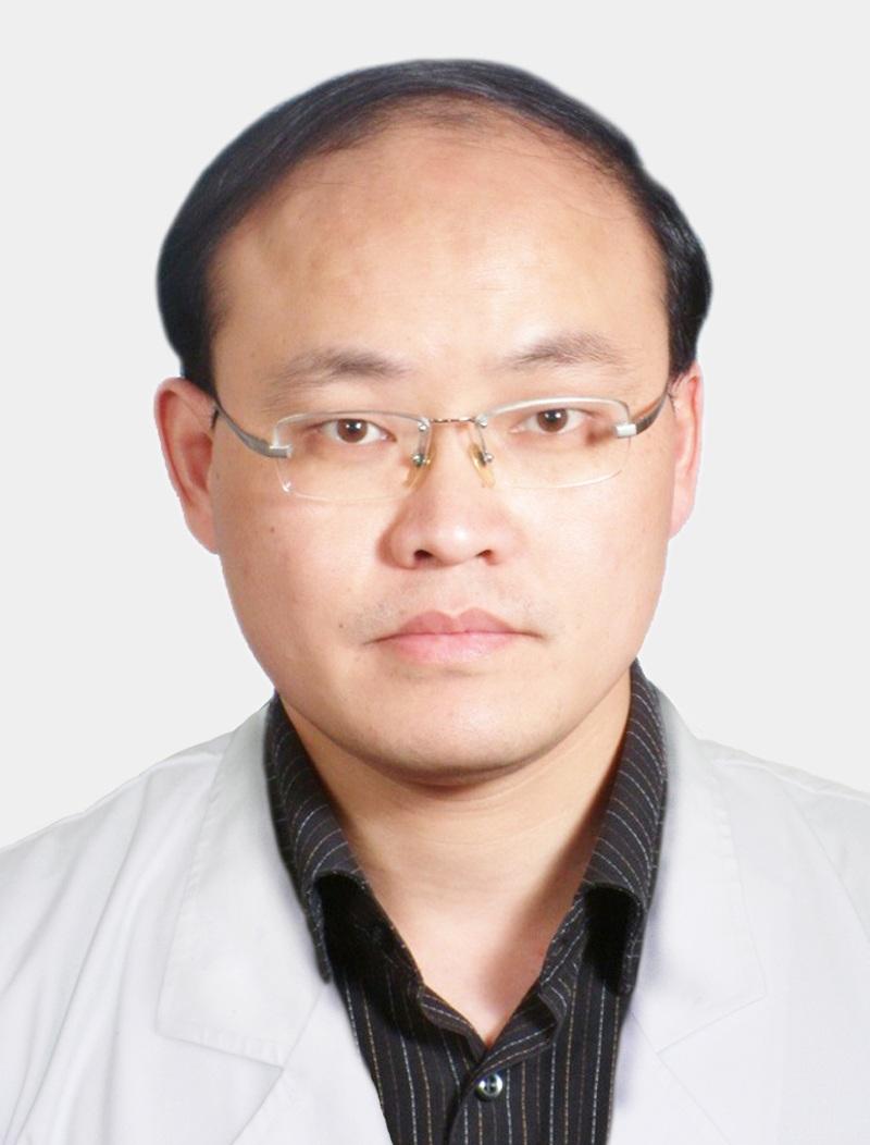 上海和平眼科医院主任医师陈君毅照片