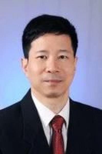 中山大学附属眼科医院主任医师刘奕志