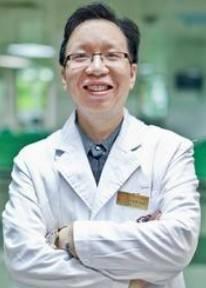 广东省营养师协会常务副理事长谭荣韶照片