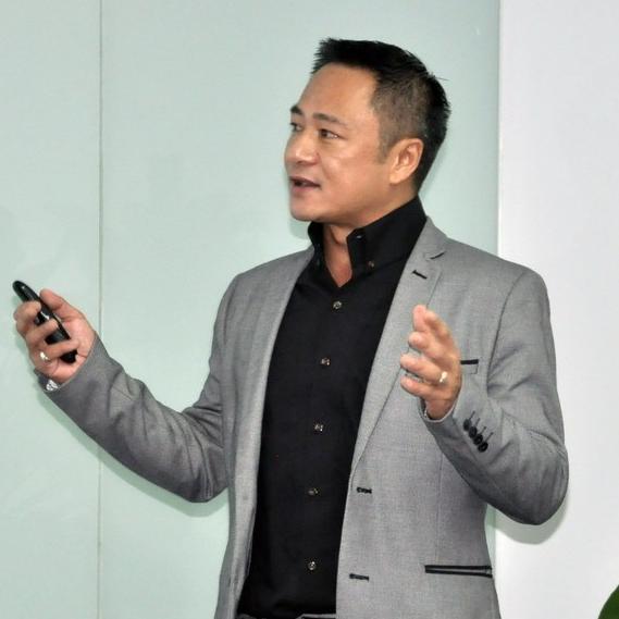 西姆科公司执行副总裁吴昌龙照片