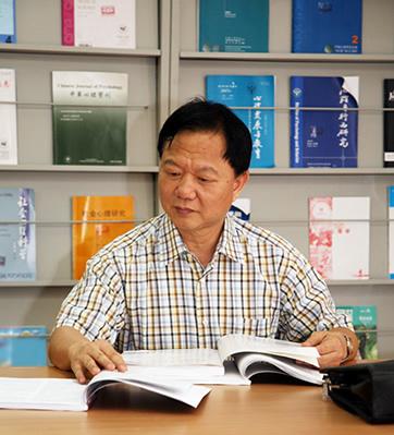 华南师范大学副校长莫雷