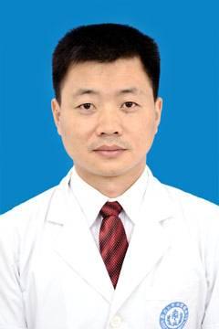 四川大学华西医院副主任医师邱昌建照片
