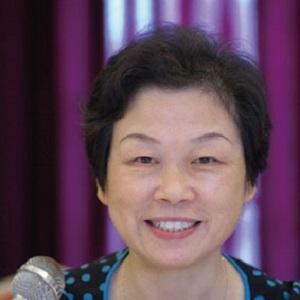 上海市食品安全工作联合会秘书长主任医师姜培珍照片