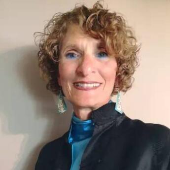 美国新英格兰院校协会联合主席Rena照片