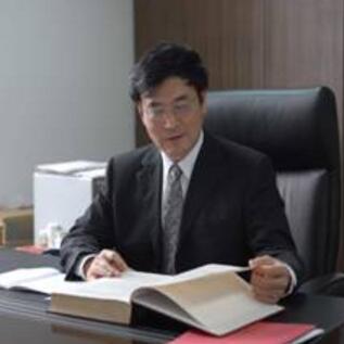 四川大学生物材料工程中心、国家生物医学材料工程技术研究中心教授、博士生导师顾忠伟照片