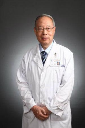 复旦大学附属肿瘤医院放射治疗科主任医师蒋国梁