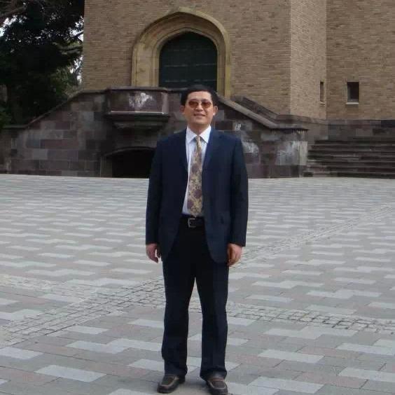 上海交通大学教授许平照片