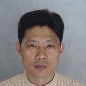 湖北工业大学教授陈雄照片