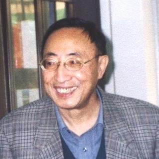 北京大学教授胡壮麟照片