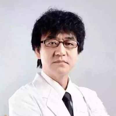 中南大学湘雅二医院口腔医学中心副教授罗建国照片