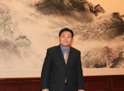 北京化工大学材料科学与工程学院教授徐福建照片
