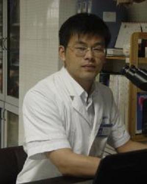 南京大学医学院附属鼓楼医院副主任医师樊祥山照片