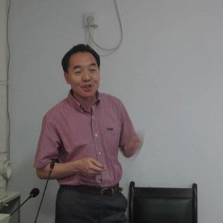 加拿大西安大略大学舒立克医学院终身教授杨开平照片
