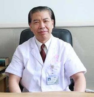 暨南大学附属第一医院党委书记查振刚