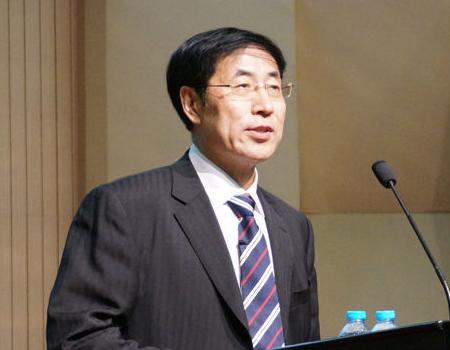 清华大学经济管理学院教授金占明照片