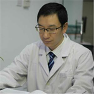 西南医科大学附属医院皮肤科副教授黎昌强照片
