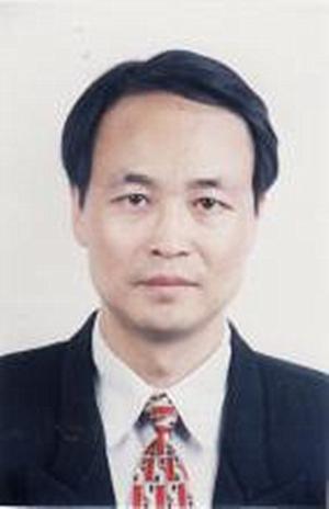 南昌大学生物技术系教授吴小平照片