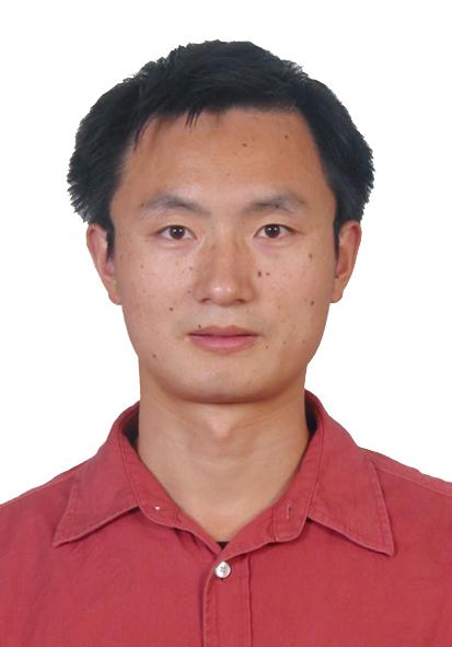 南京邮电大学信息材料与纳米技术研究院副教授陈润锋照片