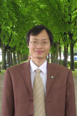 东华大学教授陈志钢照片