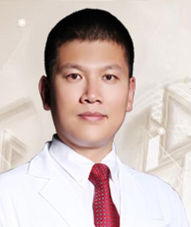 博思医美教育平台创始人王建照片