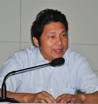 復旦大學國際關系與公共事務學院教授竺乾威照片