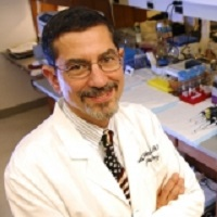 詹姆士胸部肿瘤中心ProfessorDavid Carbone照片